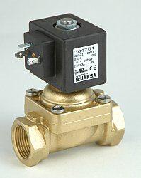 M2521                                                                           -2/2 elektromagnetický ventil - nuceně ovládaný, DN18; G3/4, 230V AC, 0-1bar, NC, Tmax.+85°C konektor není součástí balení ventilu
