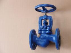 uz.ventil  V30 111 616,DN-80,PN-16.-Uzavírací ventil -přírubový, typ: V30 111 616,DN-80,PN-16,voda,(Fig.215).