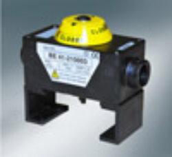 Koncový snímač polohy ( v boxu) -pro pneu.pohony  PD/PE .-Kompaktní koncový spínač  ( v boxu) pro pneupohony řady PE a PD . Standard konfigurace - dva mechanické mikrospínače , na víku instalován  optický ukazaltel polohy , který je snadno čitelný ze všech stran.