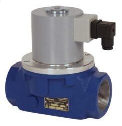 Bezpečnostní ventily pro plyn (závitový).-Bezpečnostní ventily / uzávěry pro plyn typová řada ZEF, Rp 3/4 (DN20) až Rp 2 1/2 (DN65), závitové (Rp), ventily jsou v základní poloze bez napětí UZAVŘENY (NC) . Pracovní přetlak: od 0 kPa až do 400 (200) kPa , 230V, 110V, 24V AC, 12V DC, 24V DC , prostředí  s nebezpečím výbuchu. Pracovní poloha: vodorovná .