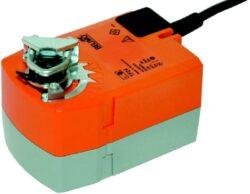 TF-Pohony s pružinovým zpětným chodem typové řady TF (2 Nm) s připojovacím kabelem s mechanickou havarijní funkcí do cca 0.4m2, univerzální třmen 6...12 mm.